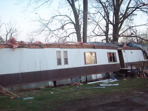 More Fotos from the Corydon Kentucky Tornado Damage ...