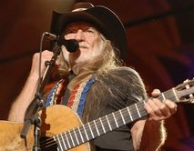 Willie Nelson's Band gets busted for Moonshine and 420